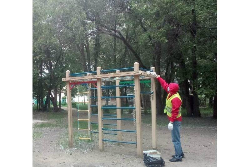 В Ульяновске заволжский сквер Дружбы приводят в порядок , фото-1