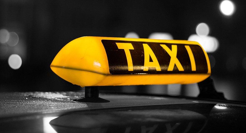 Житель Ульяновска обокрал водителя такси, фото-1