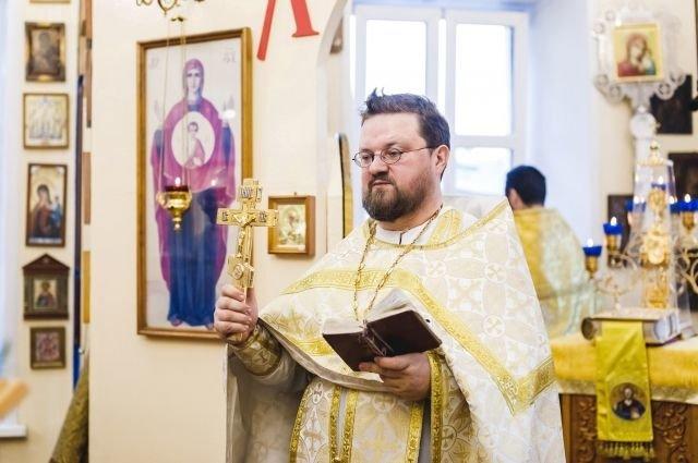 Ковидные госпитали посещают ульяновские священники, фото-1