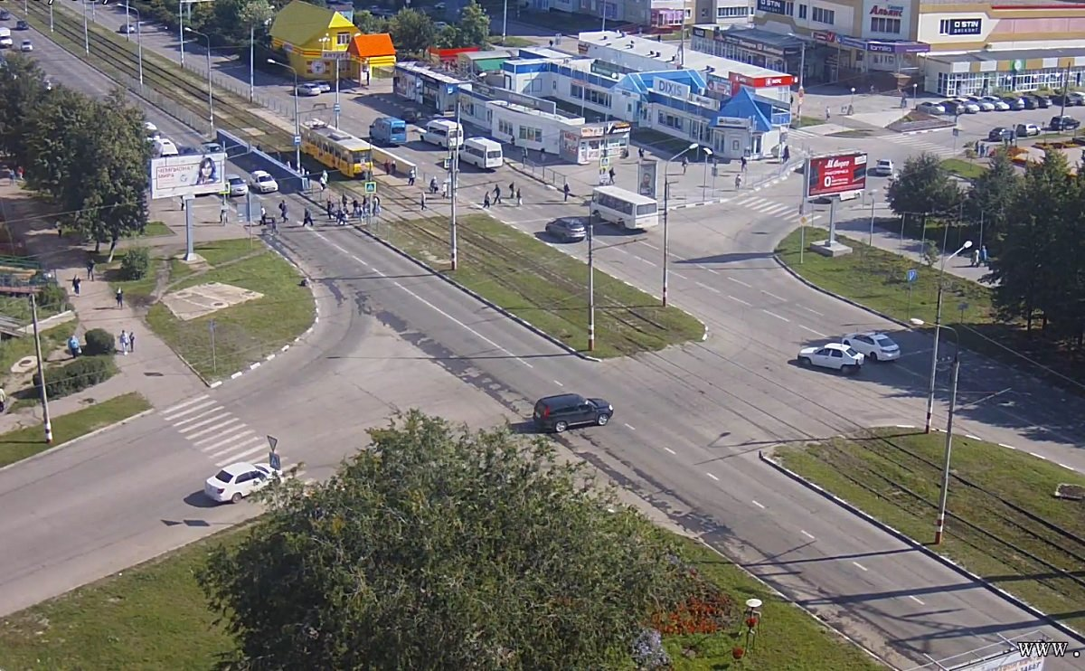 От припаркованных автомобилей освободят улицу Камышенскую в Ульяновске, фото-1