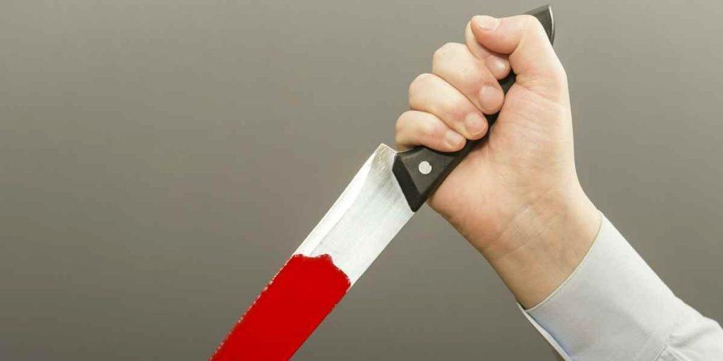 С ножом возле кафе на незнакомца напал житель Ульяновска, фото-1