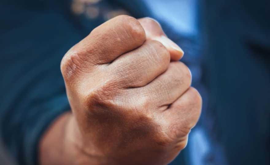 В Ульяновске мужчины избили незнакомца, фото-1