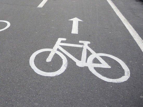 В Ульяновске продолжают размечать велополосу на улице Гончарова , фото-1