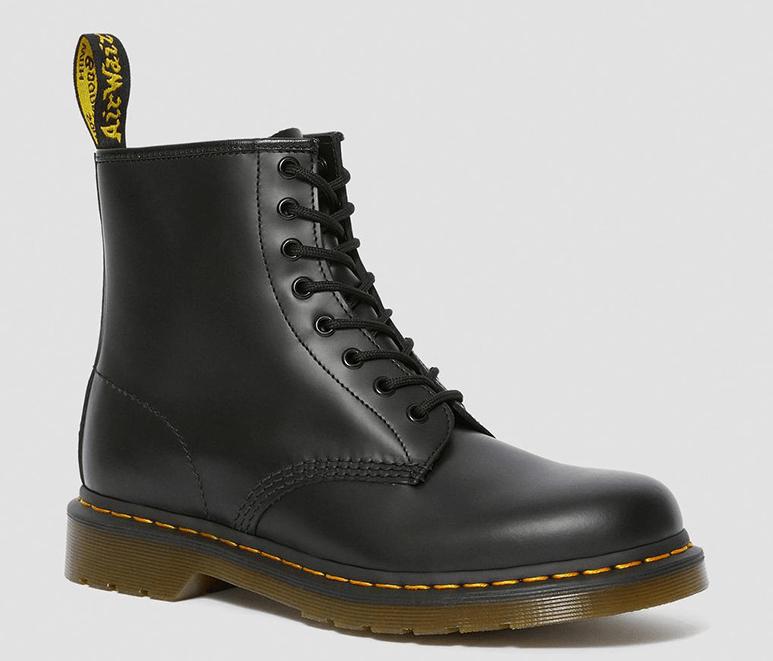 Базовые виды обуви бренда Dr. Martens